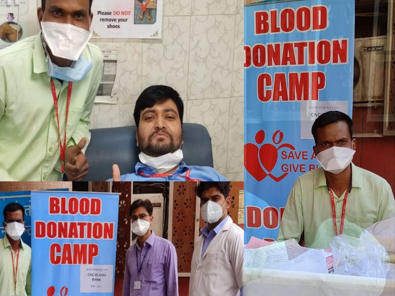 AIIMS staff donating blood